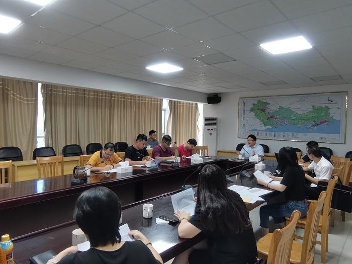 区行政服务局召开工程建设项目审批管理平台业务培训会